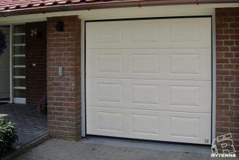 Sectional garage doors (2)